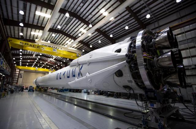 宇宙ミッション、スペースX社のFalcon9